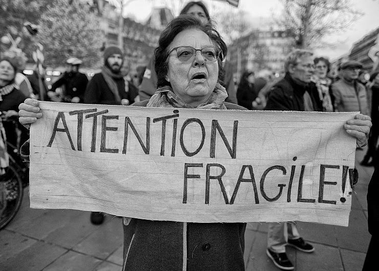 Qui est Emmanuel Macron ? - Page 24 Arton7249